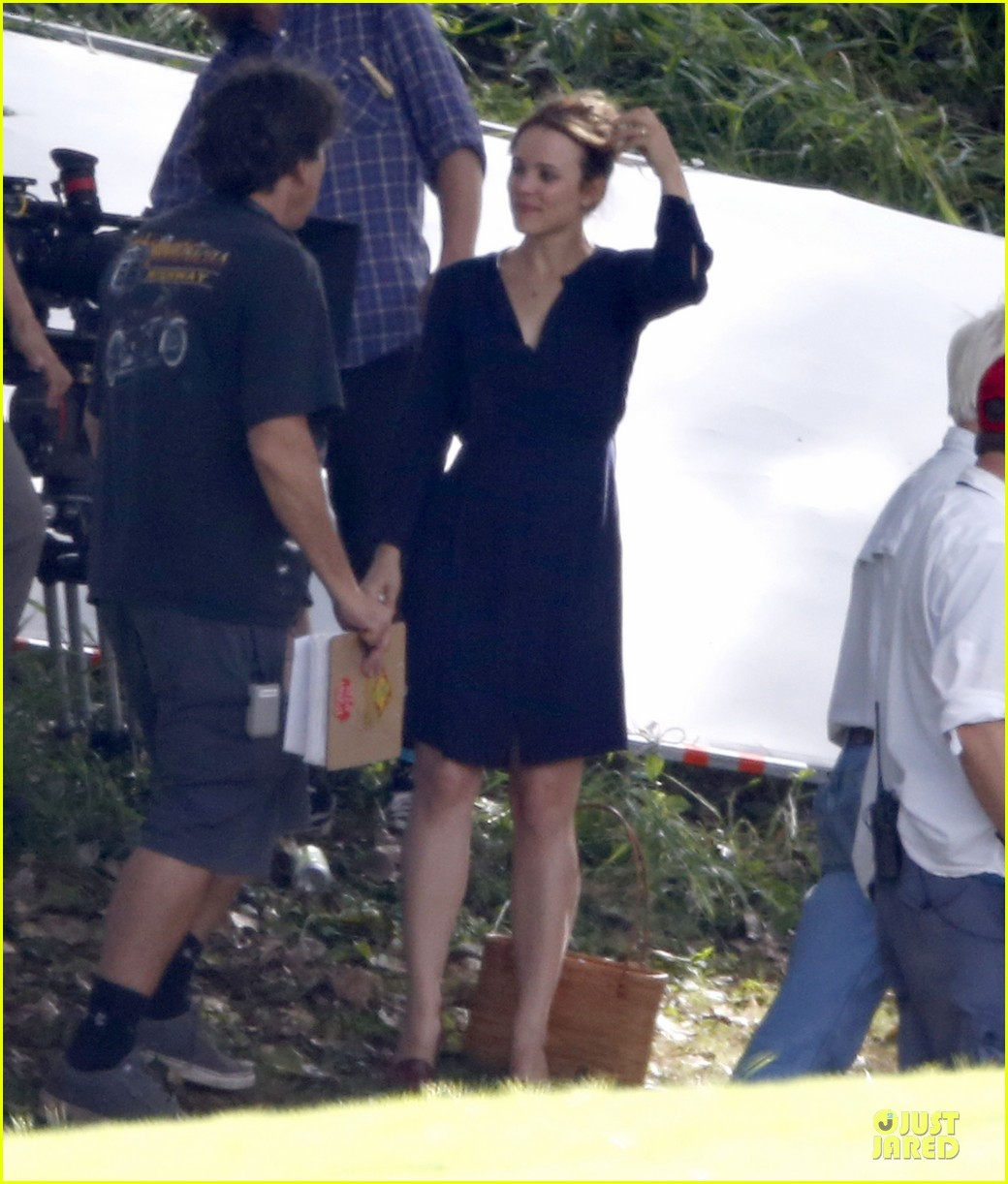 rachel mcadams funeral scene for untitled cameron crowe project 09