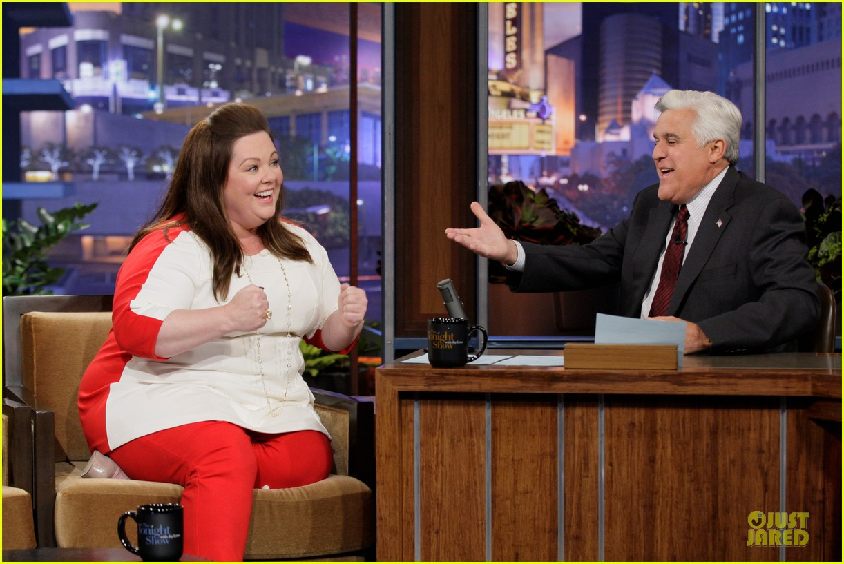 melissa mccarthy talks elle jacket gate on leno 052984692