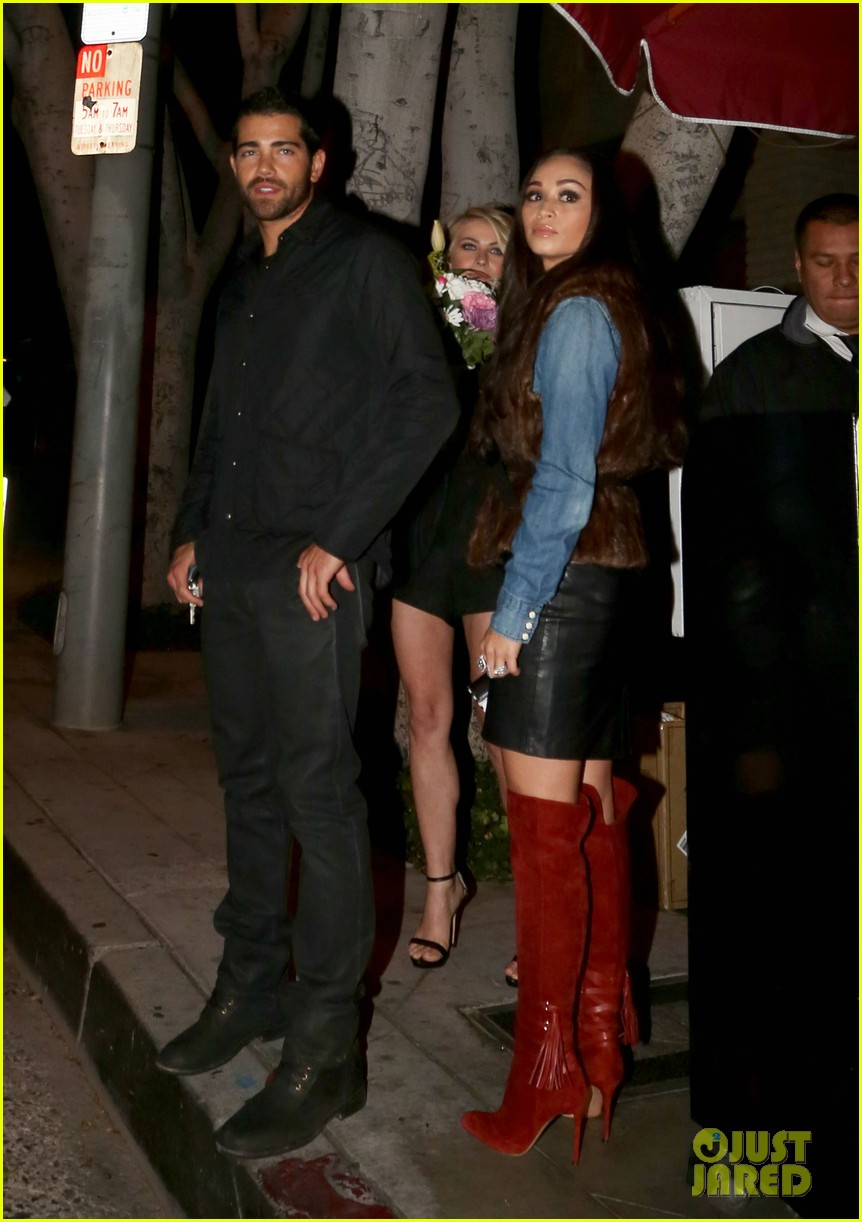 jesse metcalfe cara santana dinner with julianne hough 252995369