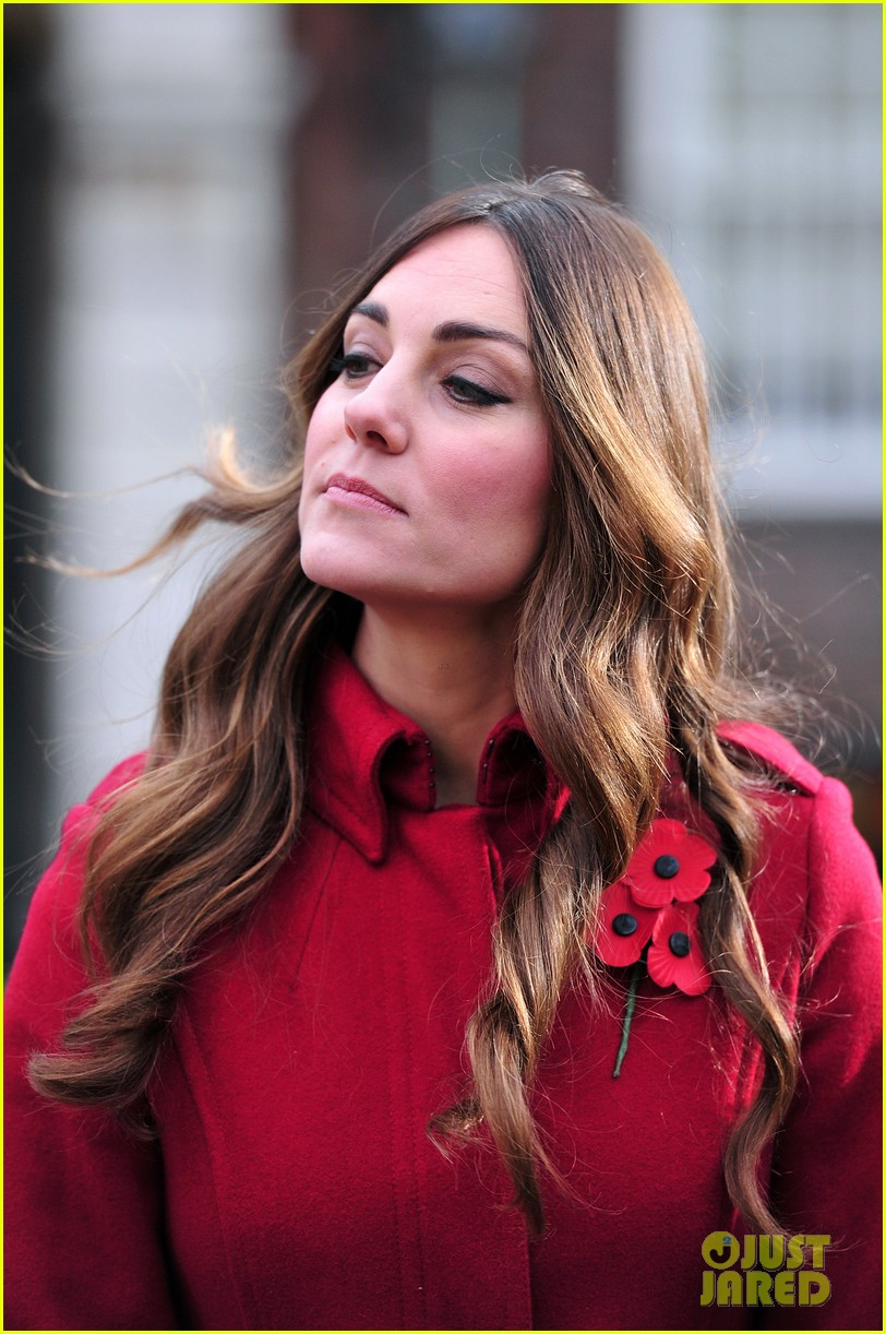 kate middleton prince william poppy day appeal 11