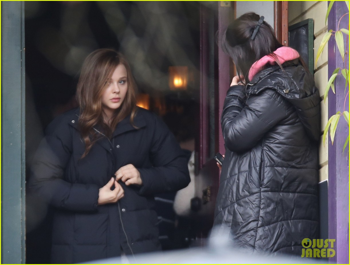 chloe moretz first day on if i stay set 202983788