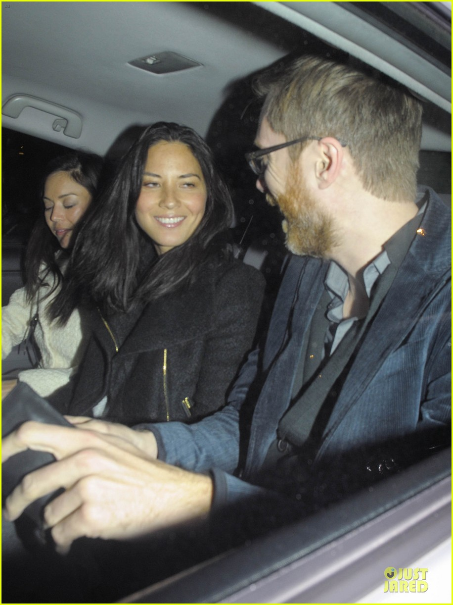 olivia munn groucho club with stephen merchant 07