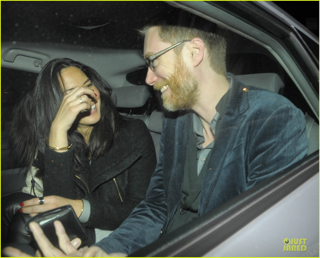 olivia munn groucho club with stephen merchant 112994061