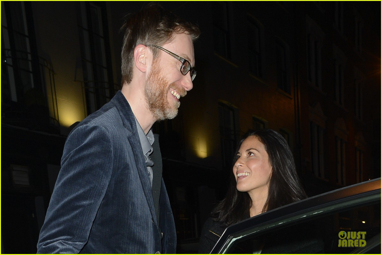 olivia munn groucho club with stephen merchant 17