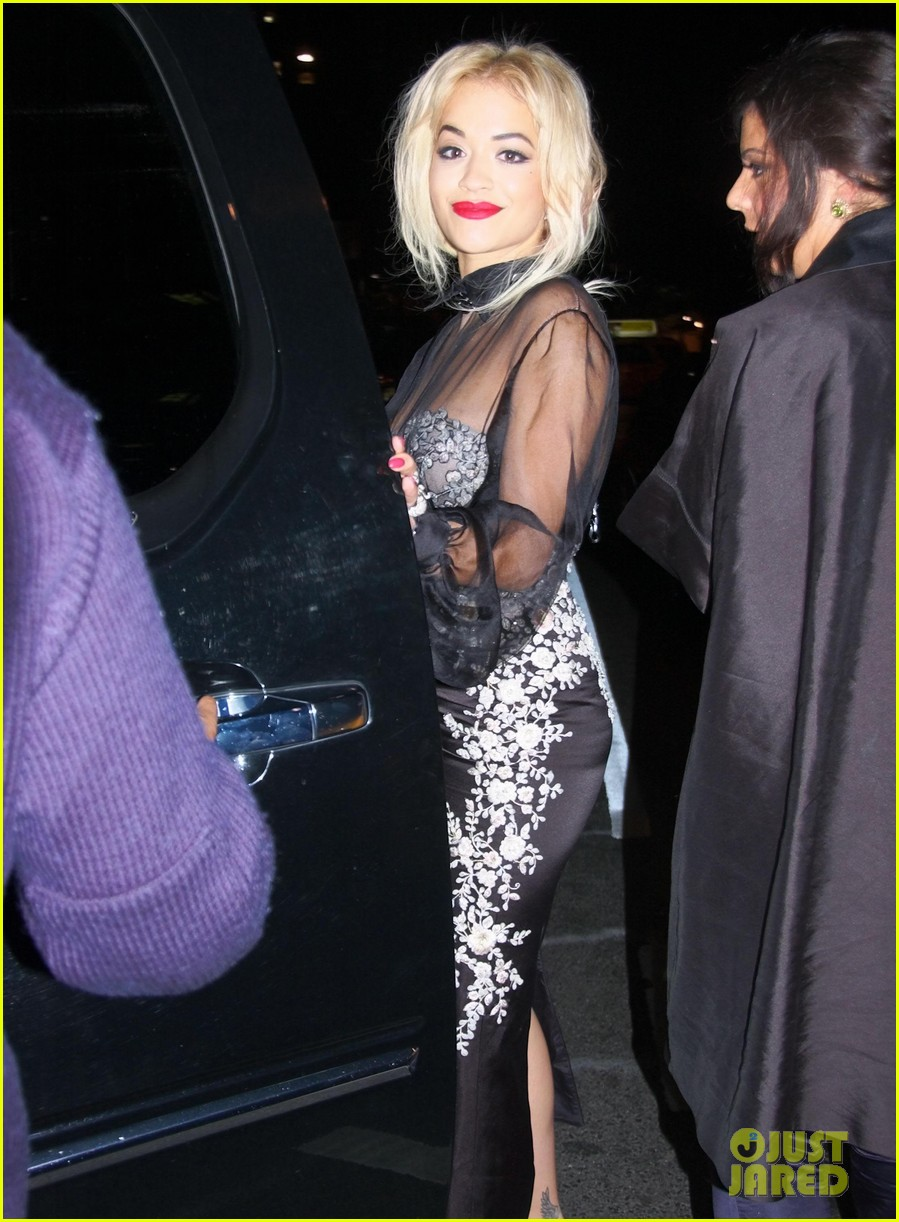 rita ora wears red wig for halloween in new york city 062983937