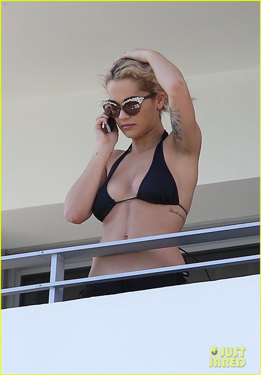 rita ora relaxes in her bikini after health scare 152996621