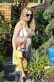 teresa palmer glowing lunch with nephew 08
