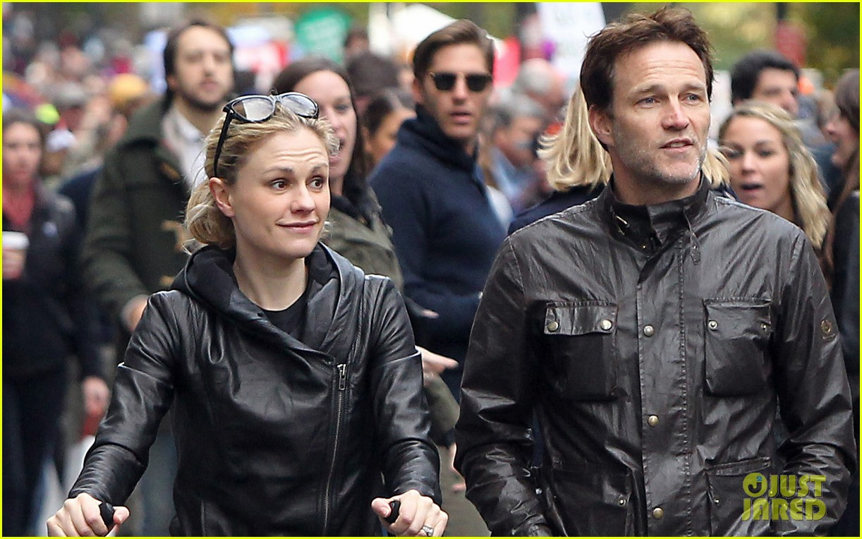 anna paquin stephen moyer check out nyc marathon 102986070