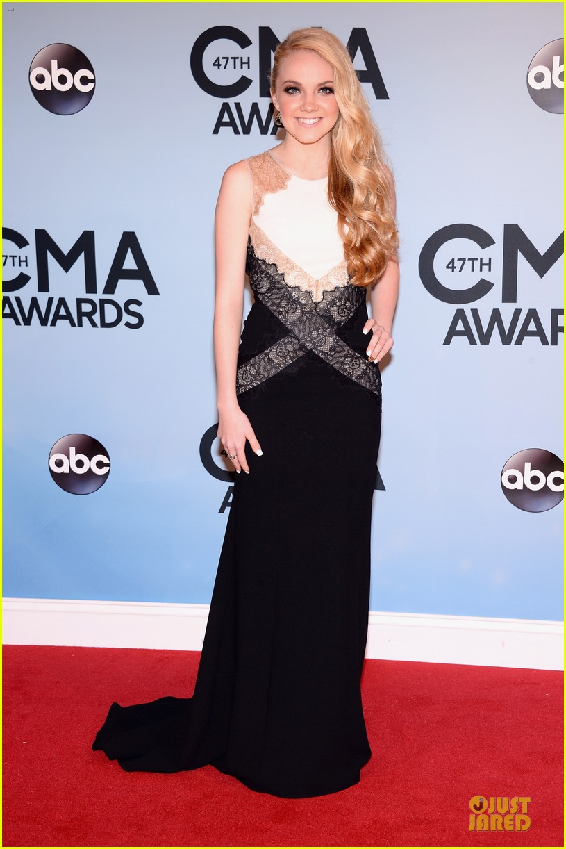 cassadee pope danielle bradbery cma awards 2013 red carpet 032987190