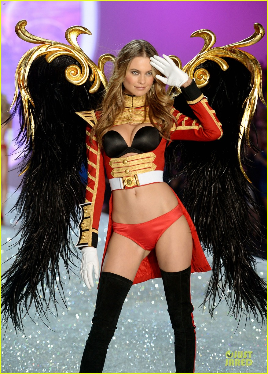 behati prinsloo erin heatherton victorias secret fashion show 2013 12