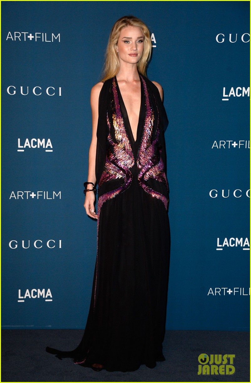 rosie huntington whiteley jeremy renner lacma gala 2013 072985441