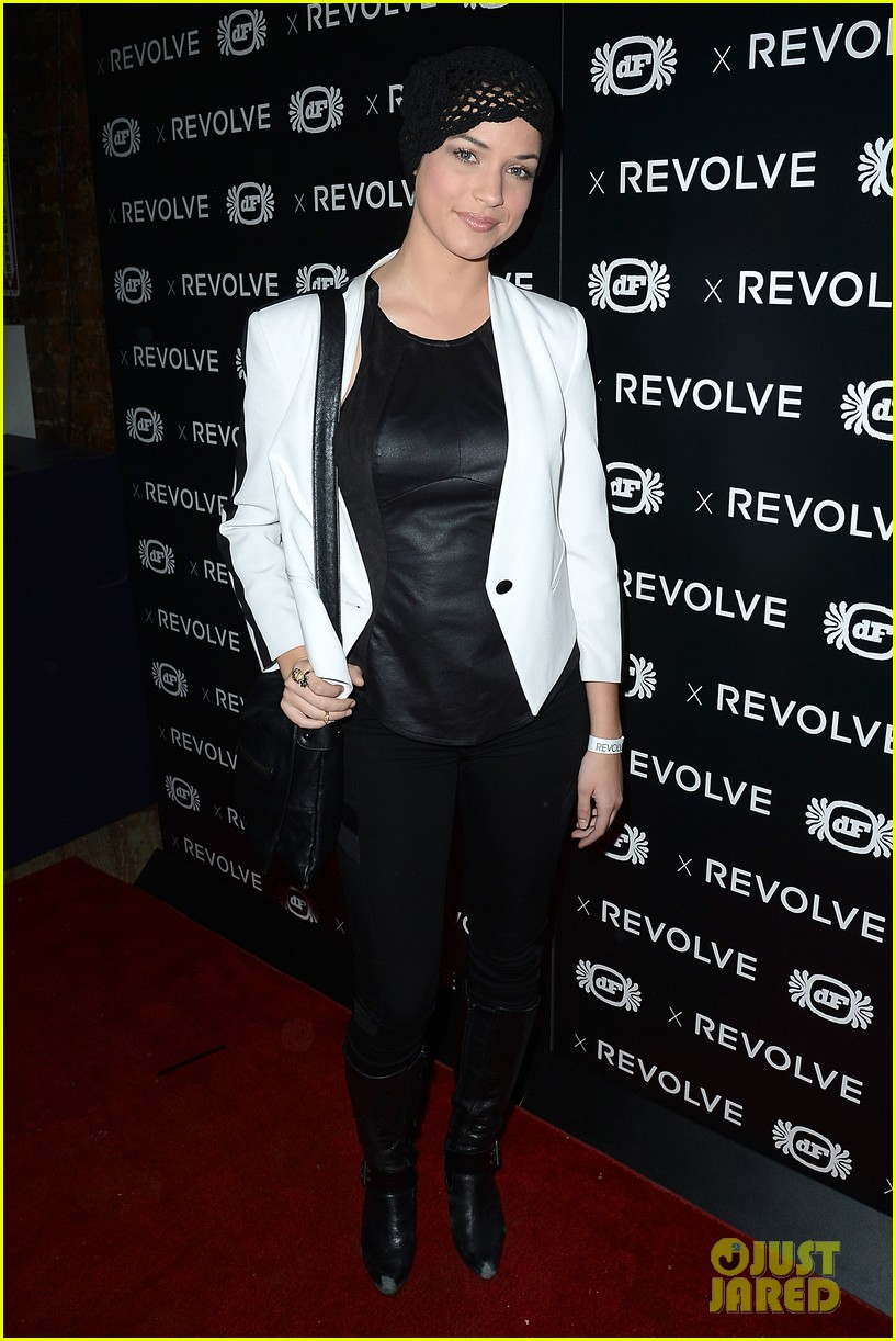 shay mitchell jessica lowndes revolve 10 anniversary party 05