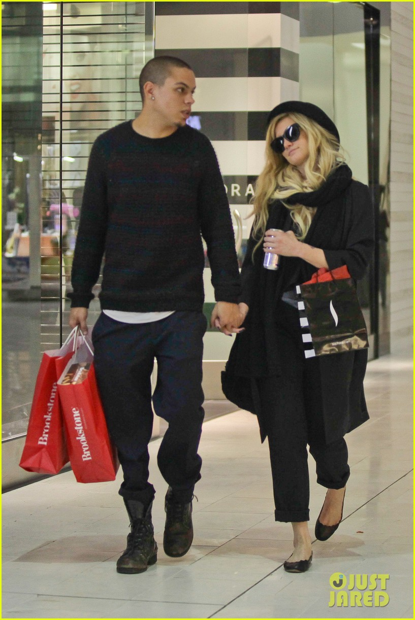 ashlee simpson is the one says boyfriend evan ross 02