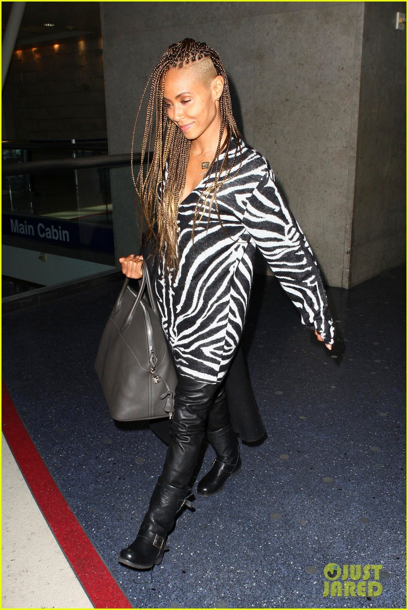 jada pinkett smith long braided hair zeba print at lax 092993247
