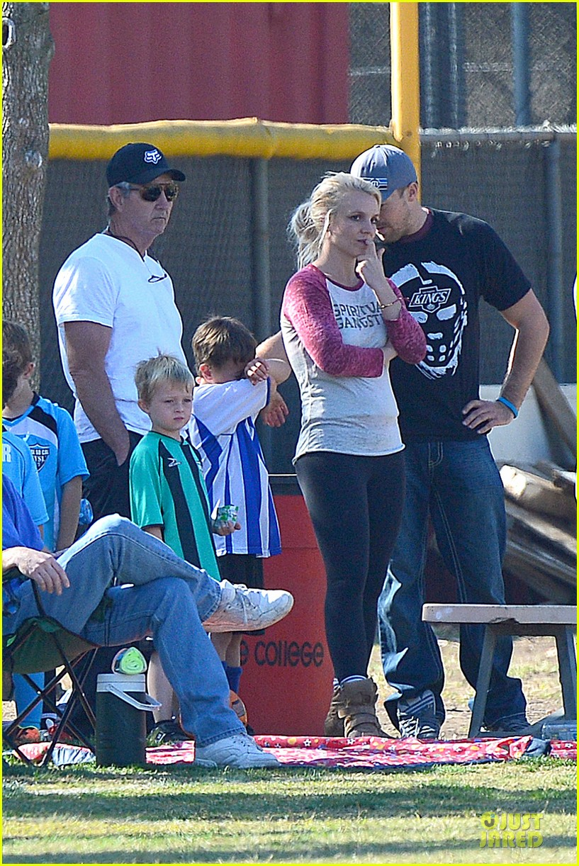 britney spears david lucado soccer game with kevin federline 28