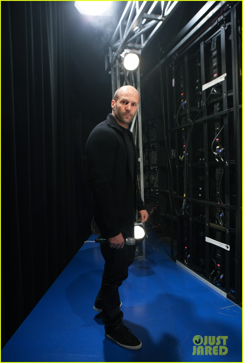 jason statham promotes homefront on 106 park 07