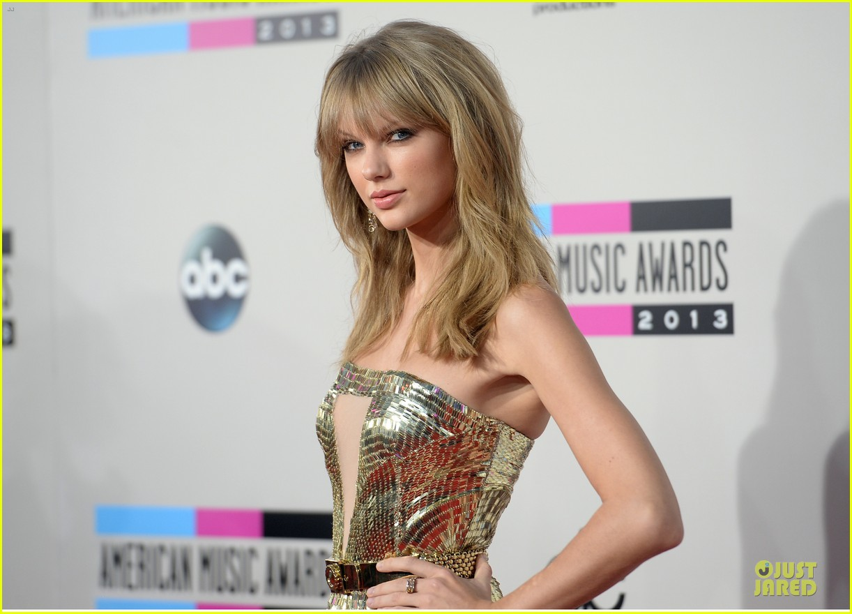 taylor swift amas 2013 red carpet 07