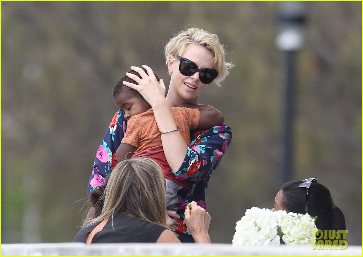 charlize theron sydney outing with her little man jackson 15
