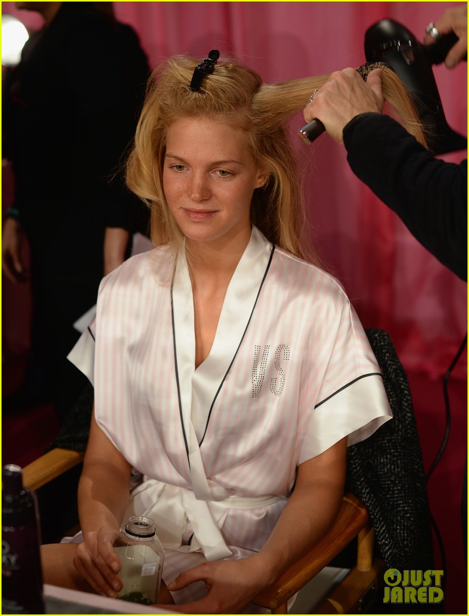 victorias secret angels prep for fashion show 2013 pics 192991842