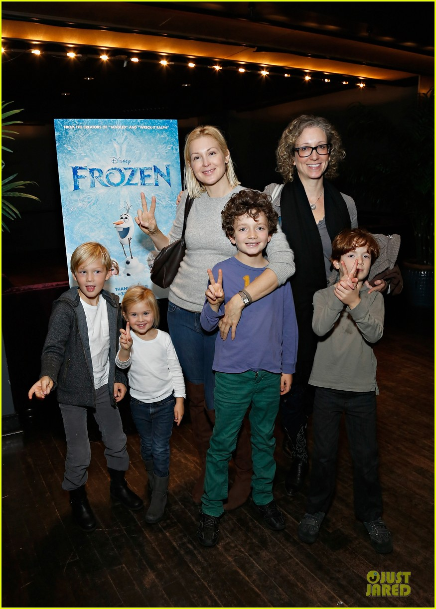 naomi watts frozen nyc screening with sasha 072984956