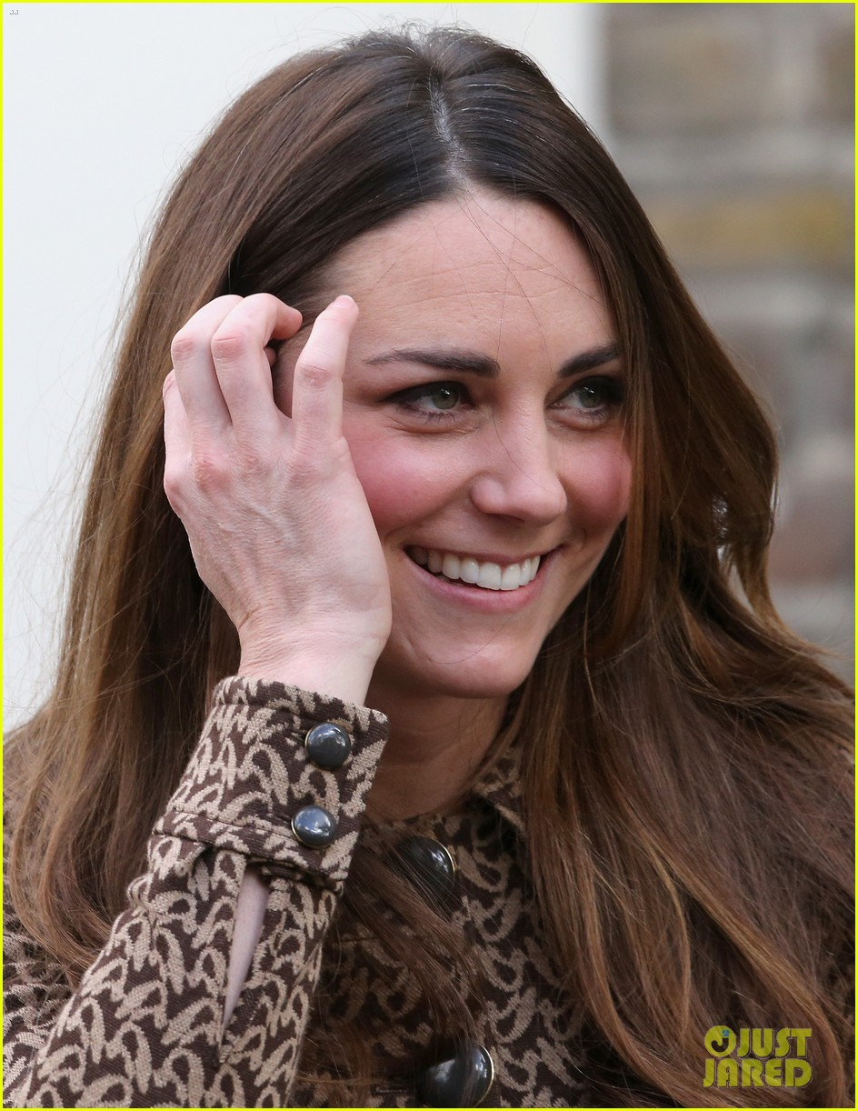 kate middleton prince william only connect charity visit 122995879