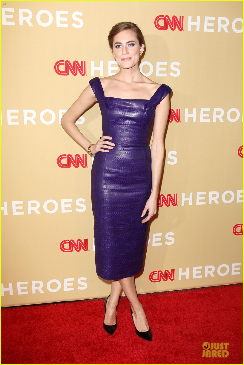 allison williams shay mitchell cnn heroes allstar tribute 01