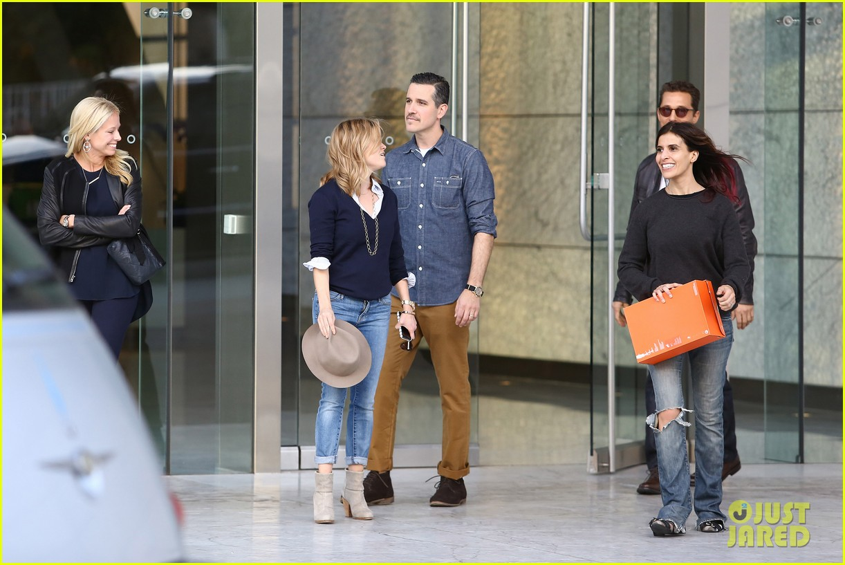 reese witherspoon supports dallas buyers club at luncheon 132995318