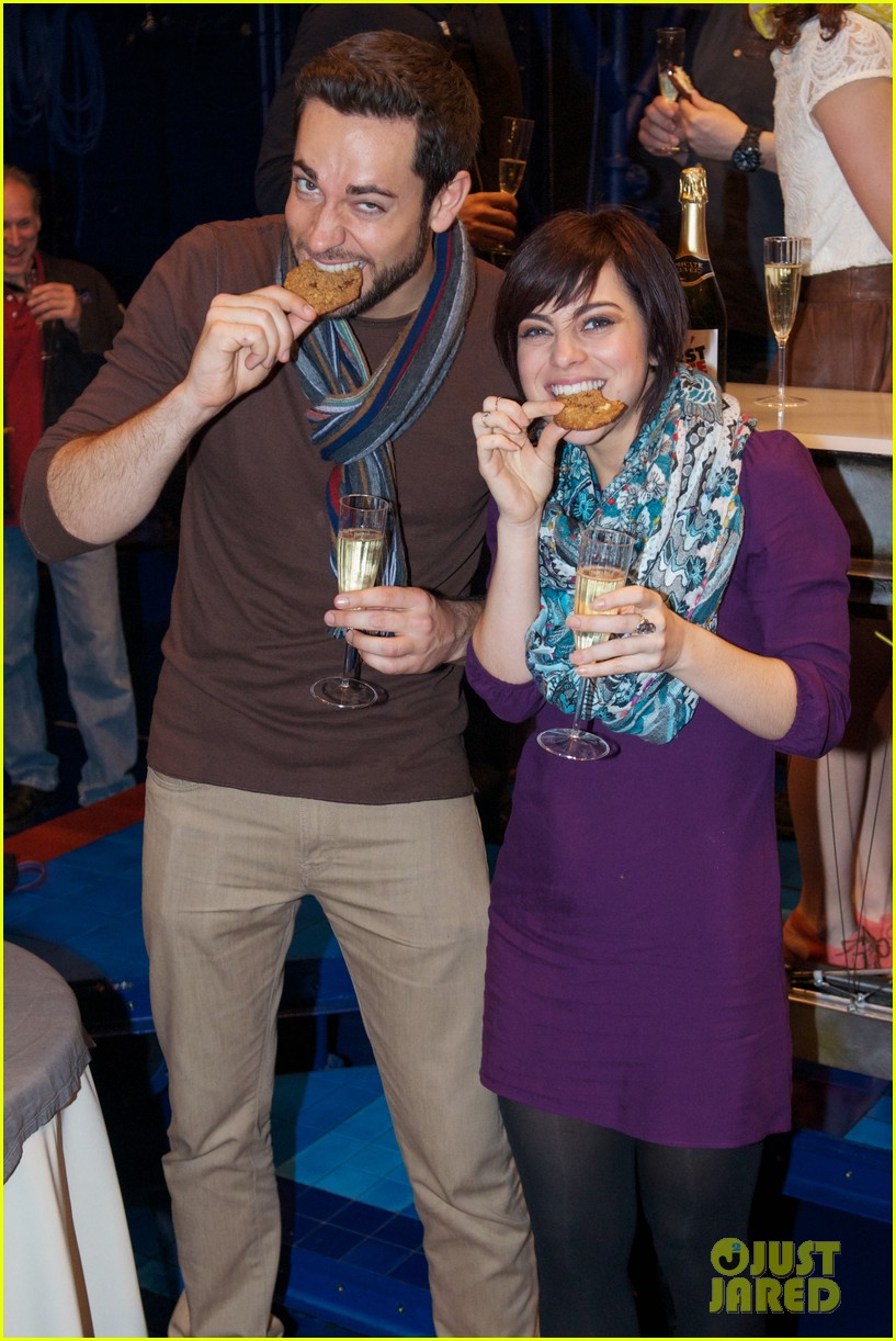 zachary levi krysta rodriguez celebrate 100 first date shows 022985547