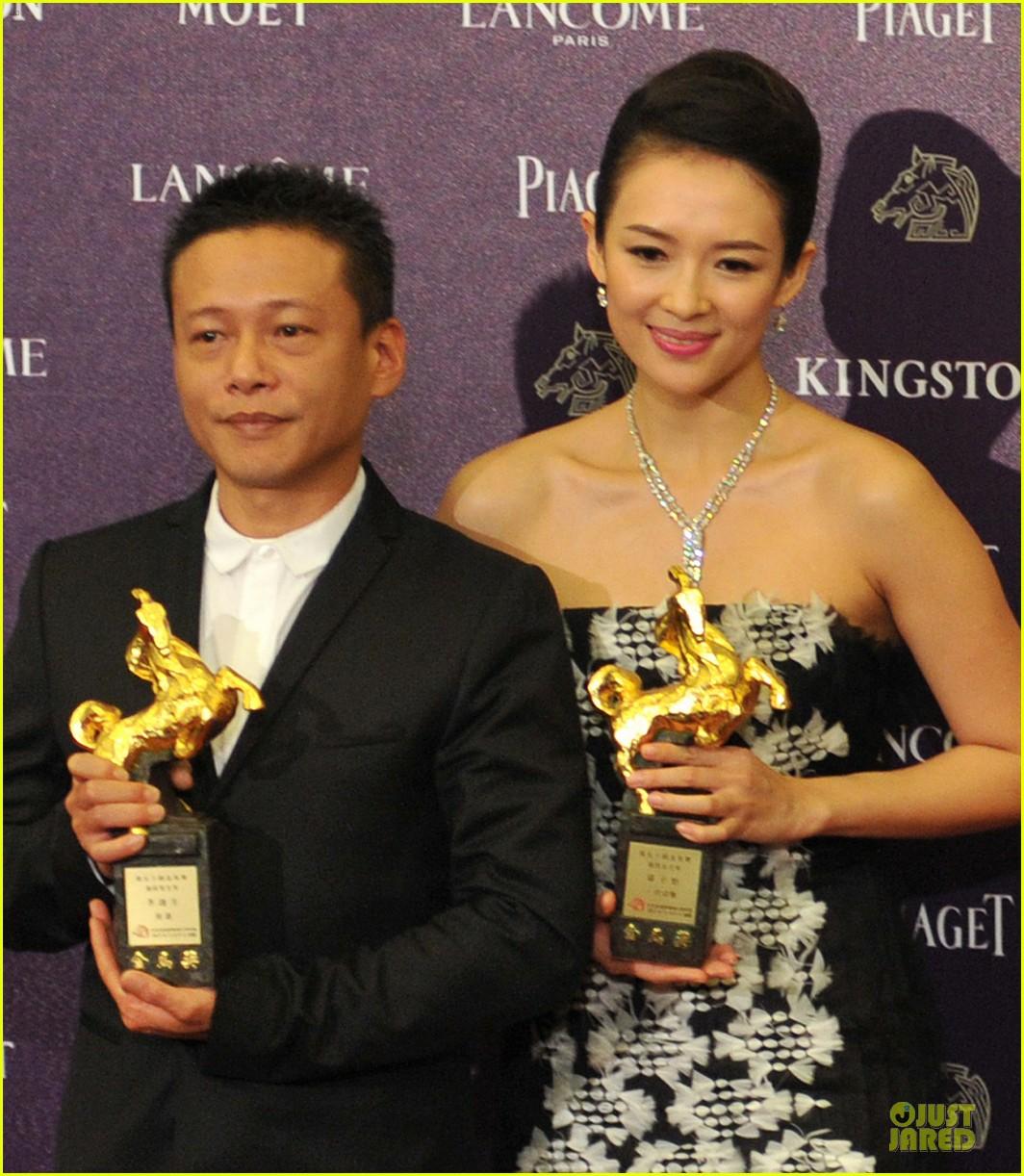 ziyi zhang wins best actress at golden horse film awards 04