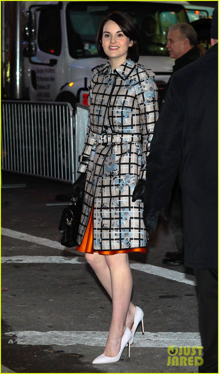 amy adams michelle dockery do promo work on gma 11