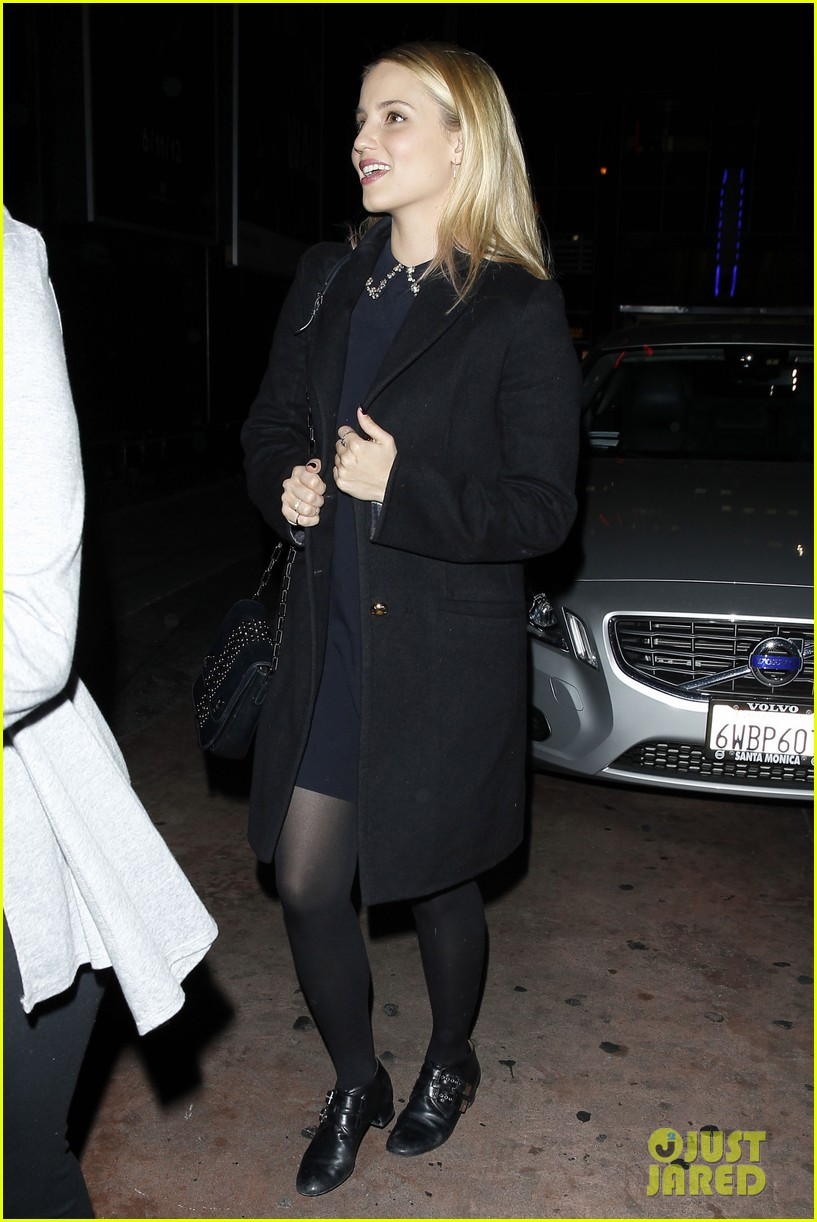 dianna agron supports glees amber riley at holiday concert 09