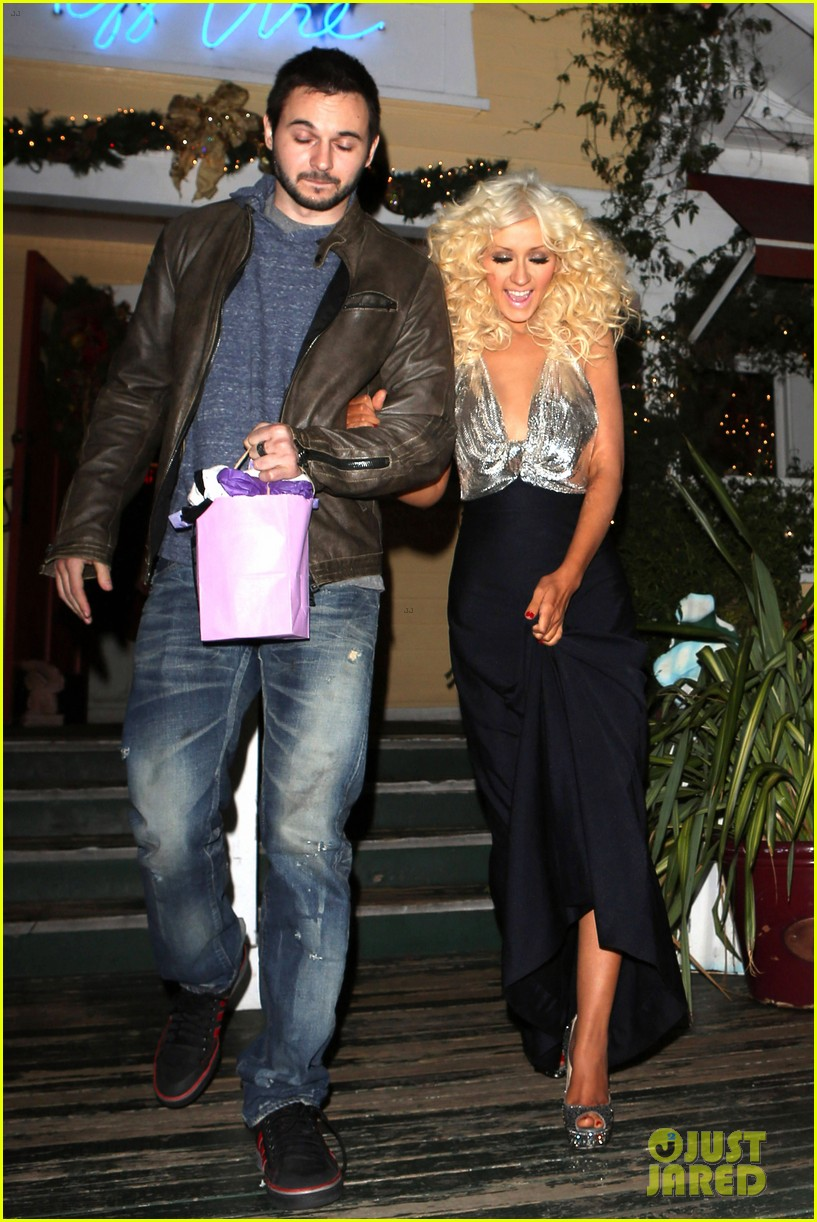 christina aguilera matthew rutler off vine dinner after the voice finale 063014055