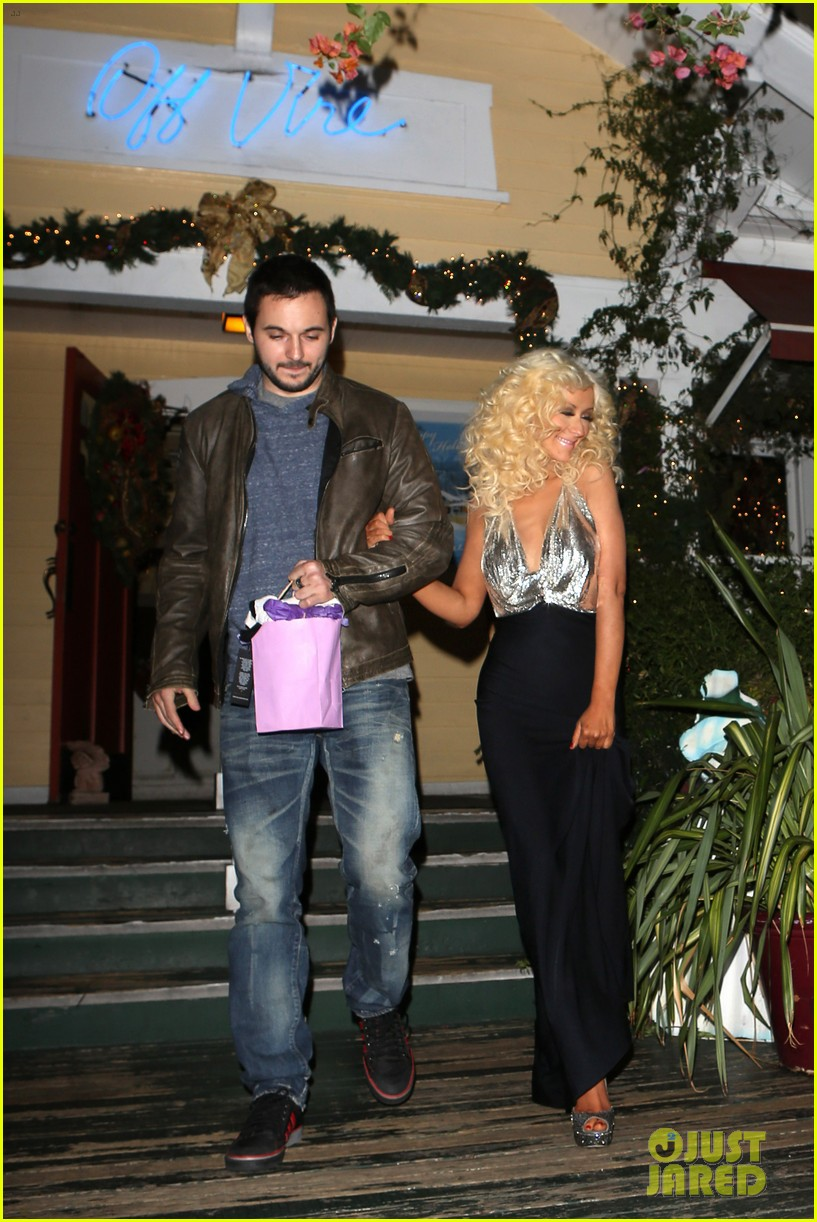 christina aguilera matthew rutler off vine dinner after the voice finale 11