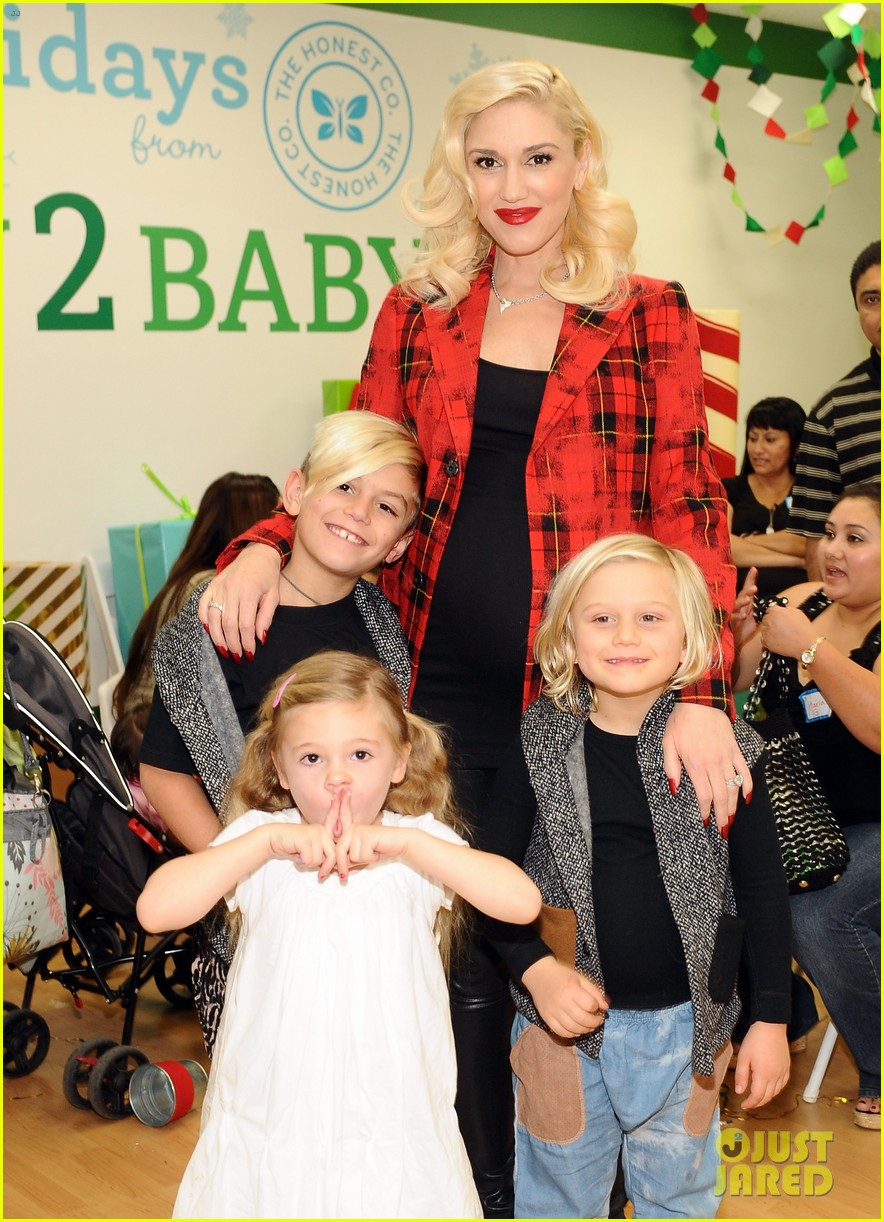 jessica alba gwen stefani baby2baby holiday party 19