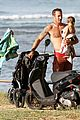 alex oloughlin shirtless beach bonding with maia jones 05