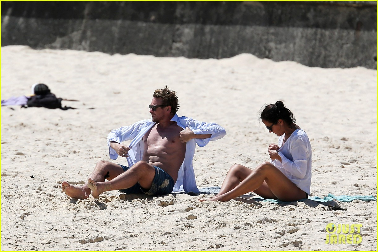 simon baker shirtless beach day with wife rebecca rigg 093012999