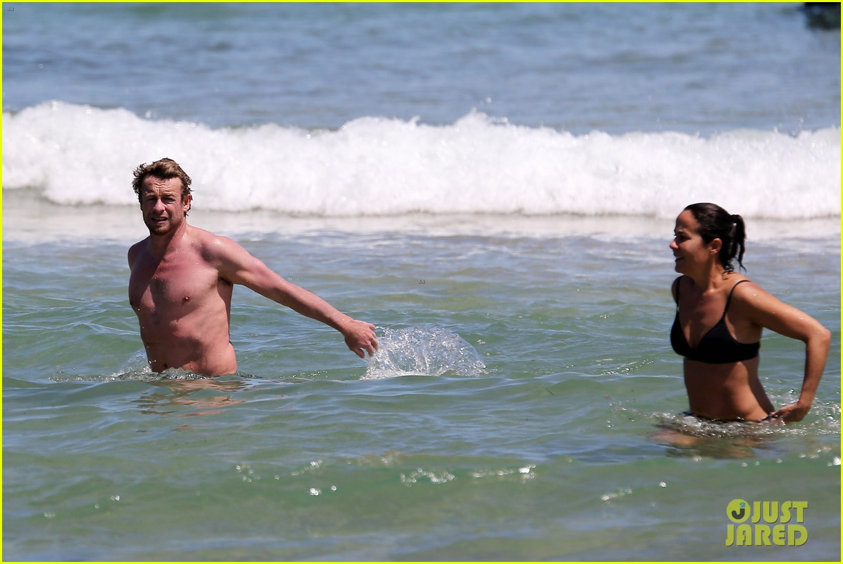 simon baker shirtless beach day with wife rebecca rigg 123013002