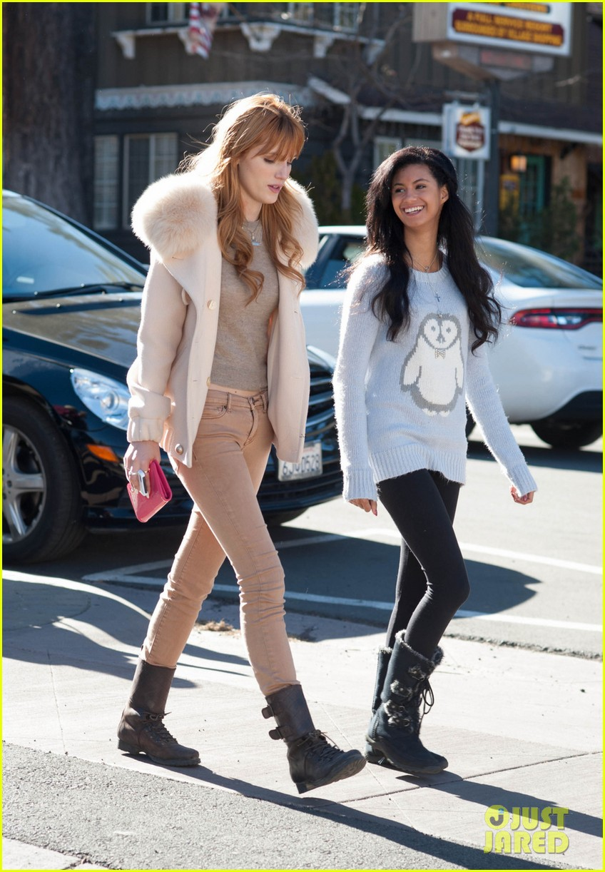 bella thorne big bear shopping trip 04