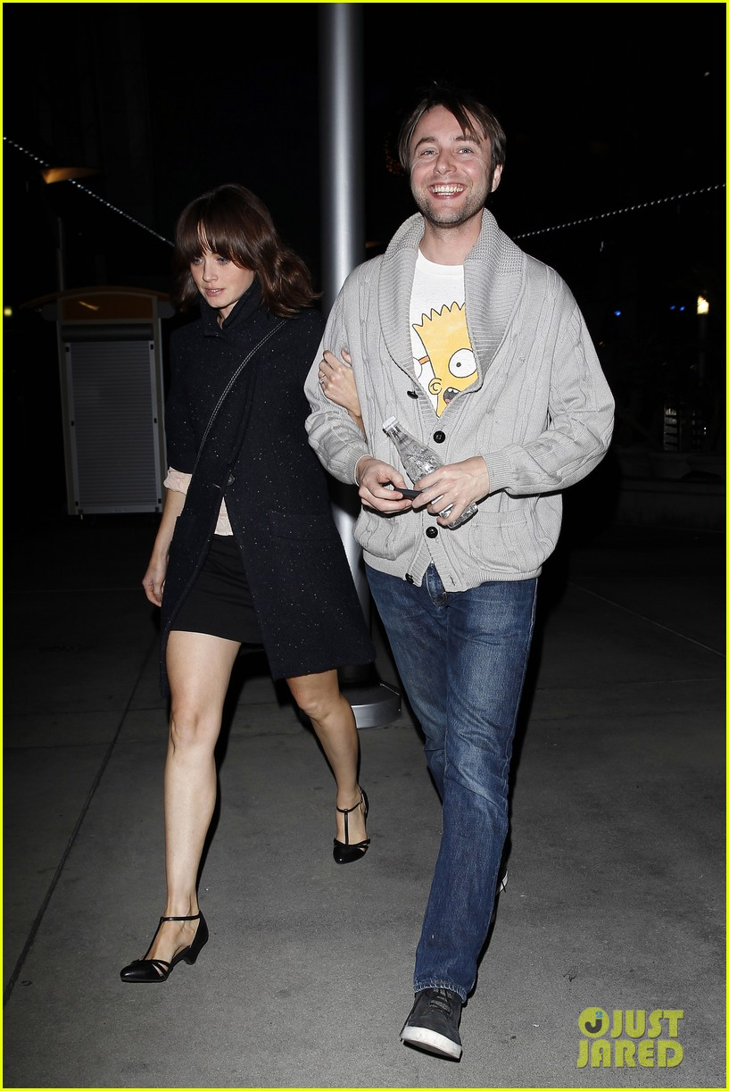 alexis bledel movie date with fiance vincent kartheiser 053003381