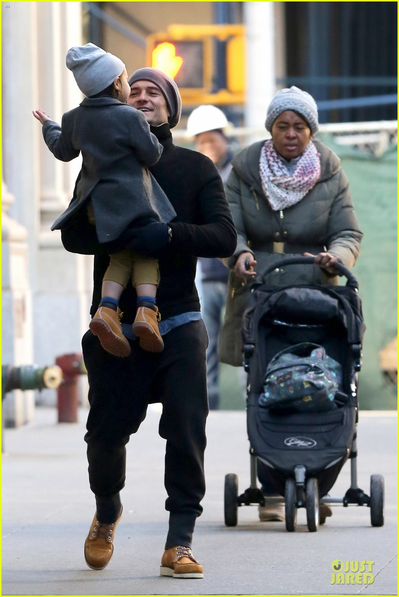 orlando bloom flynn beanie matching father son duo 31