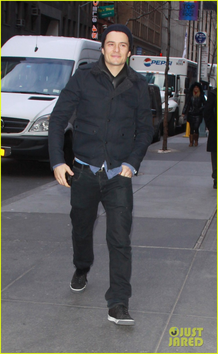 orlando bloom rides with miranda kerr after today show 01