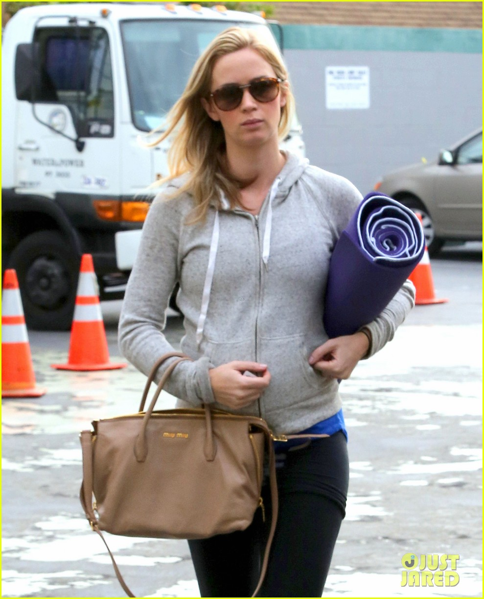 emily blunt wind rises voice actor 023014302
