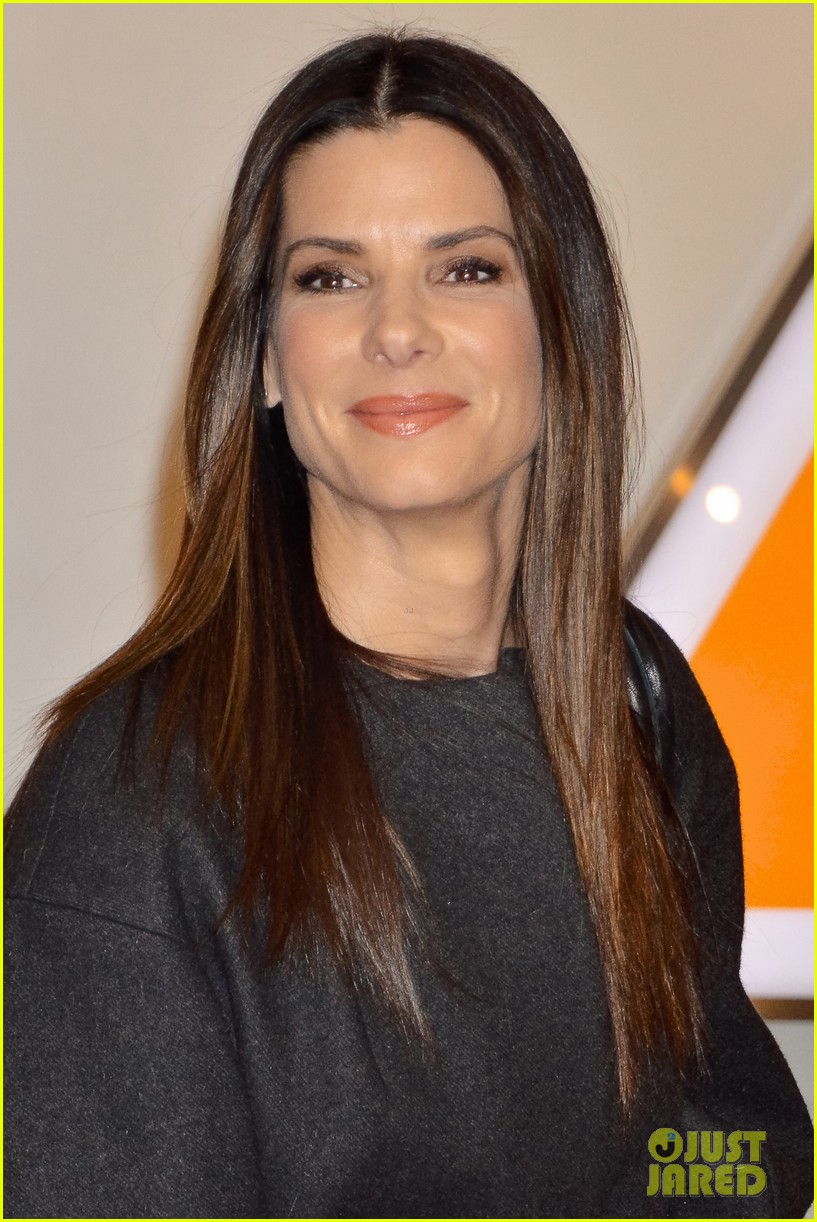sandra bullock life filled with disastrous painful moments 04