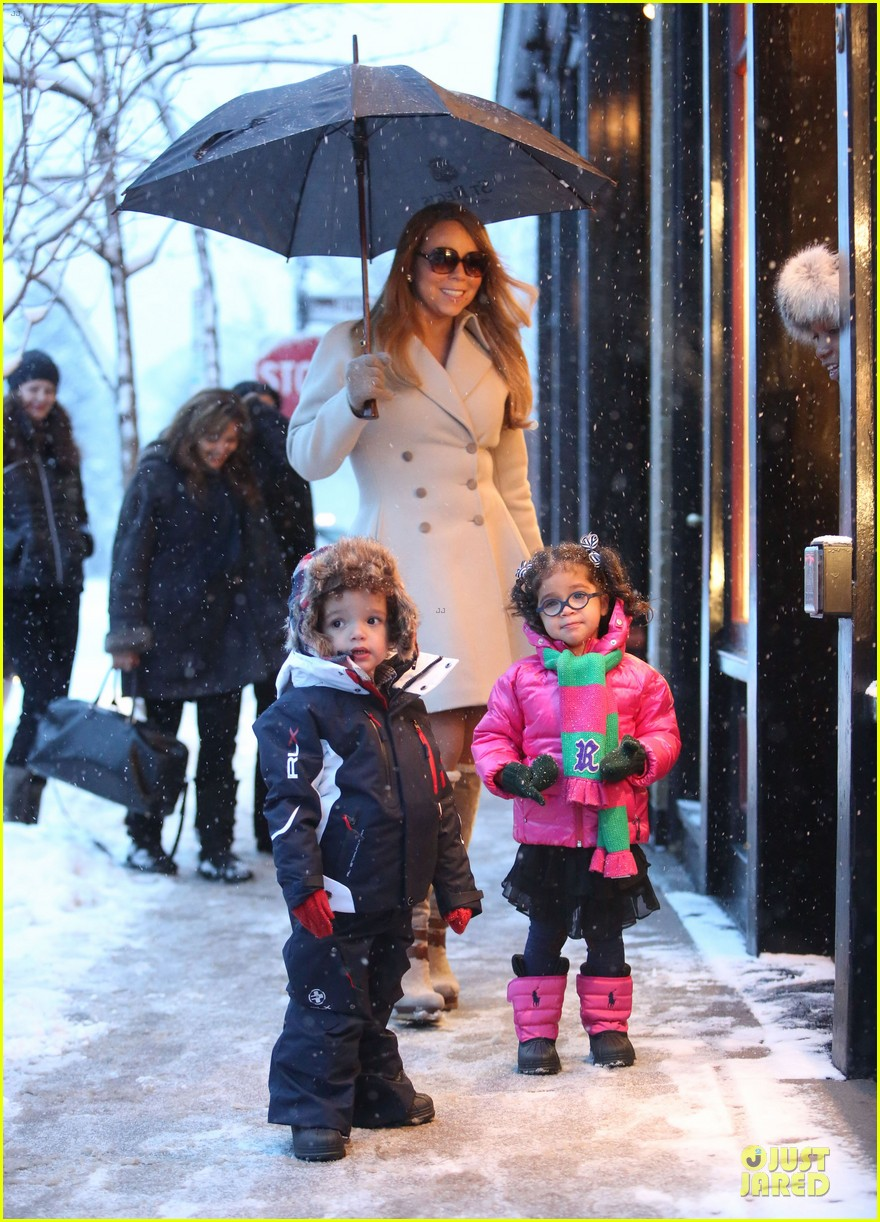mariah carey snowy aspen shopping with the twins 093015618