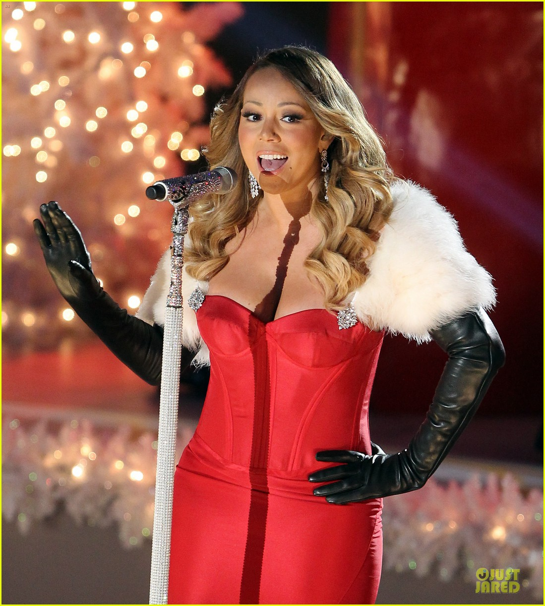 mariah carey rockfeller center christmas tree lighting 2013 performer 16