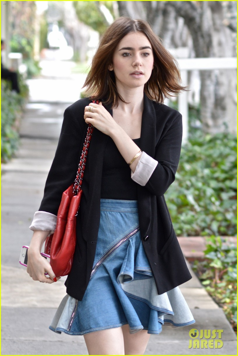 lily collins doesnt know if second mortal instruments movie wll happen 04