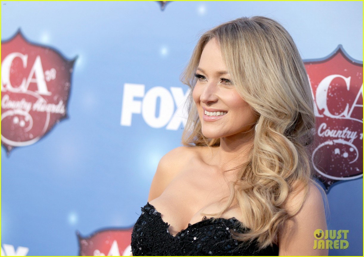jewel sheryl crow acas 2013 red carpet 15