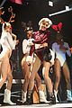 miley cyrus twerks on santa claus at kiis fm jingle ball 2013 07