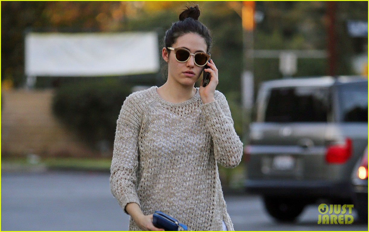 emmy rossum lazy catch up day with justin chatwin 023016607