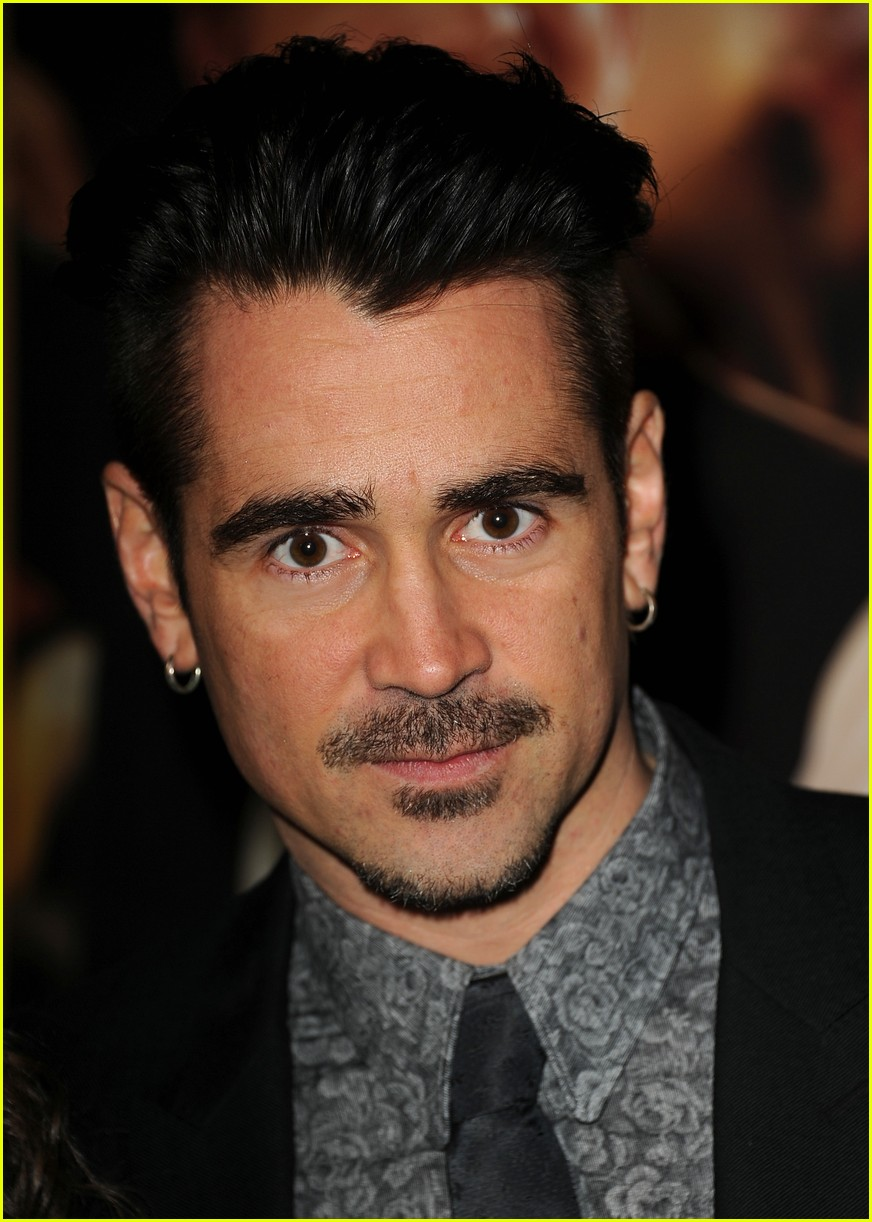 colin farrell tom hanks saving mr banks la premiere 06